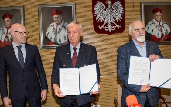 Umowa o współpracy PRz z CWKS i SMS Resovia