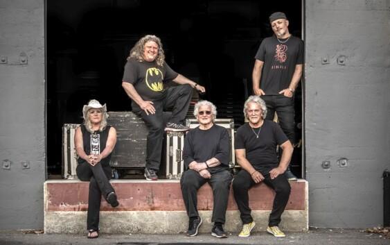 Jefferson Starship na trasie Deep Purple